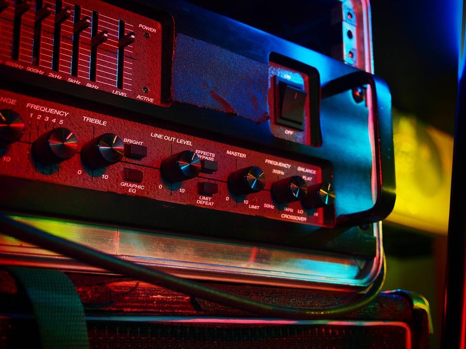 amplifier-700451_960_720