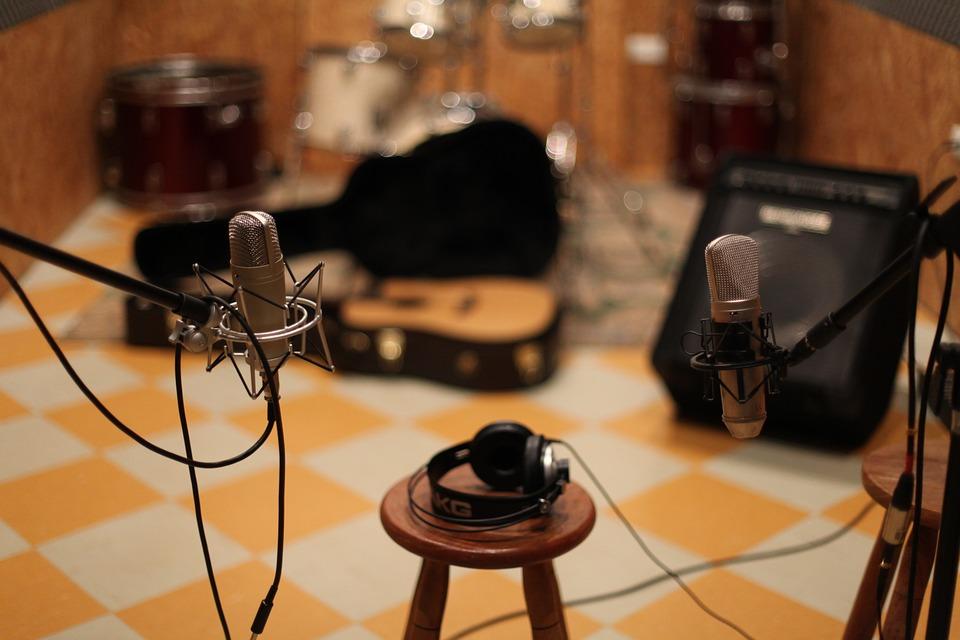 東京新宿でバンド練習できるスタジオを比較!安いのは?穴場は?etc