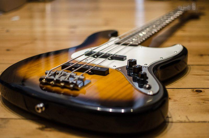 bass-913092_960_720