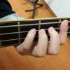 ベース初心者でもわかる、上達する左手の押さえ方(弾き方の基礎)